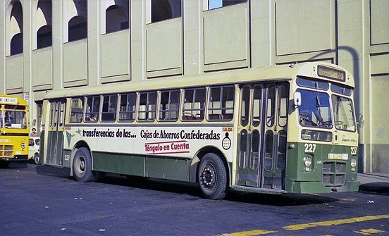 Autobus PEGASO 6035 5 de dos Puertas